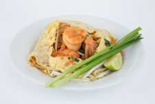 Free Stir-fired Rice Noodle With Prawns Stock Photography - 31612222