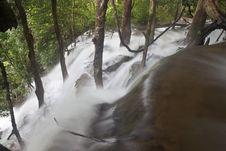 Free Tat Kuang Si Waterfall Royalty Free Stock Photo - 31613625
