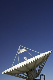 Satellite Dish In Blue Sky Stock Photos