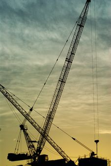 Free Silhouette Of The Tower Crane Stock Image - 31617371
