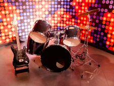 Free Drums And Guitar Stock Images - 31620654