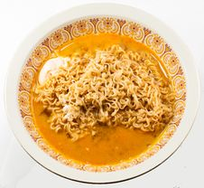 Free Instant Noodles With Egg Stock Image - 31628001