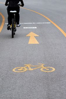 Free Bicycle Lane Royalty Free Stock Image - 31637676