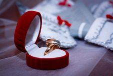 Free Wedding Rings Royalty Free Stock Photos - 31638468