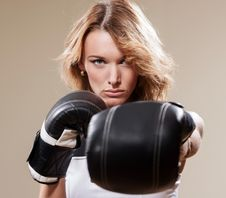 Free Sexy Sportish Woman  In Boxing Gloves Royalty Free Stock Image - 31656356