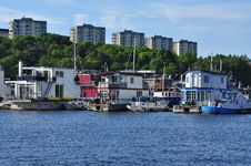 Free Floating Houseboats. Stockholm Sweden. Stock Photography - 31660902