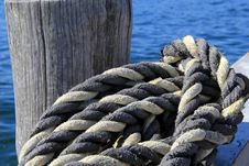 Free Thick Knotted Rope At The Boat Dock Royalty Free Stock Photos - 31674168