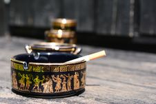 Free Ashtray In Black Royalty Free Stock Photography - 31685067