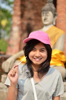 Free Young Girl And Buddha At Wat Yai Chai Mongkol Temple Stock Image - 31697281