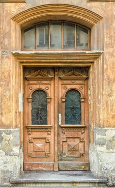 Free Old Door Royalty Free Stock Photo - 31697875