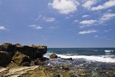 Free Rock Shoreline Royalty Free Stock Image - 3174486
