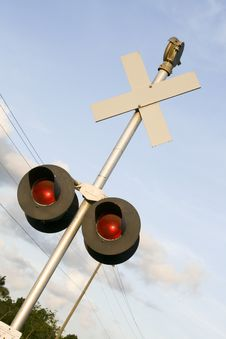 Free Railroad Crossing Sign Royalty Free Stock Photos - 3175938