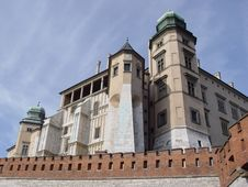 Free Royal Wawel Castle Royalty Free Stock Photo - 3176785