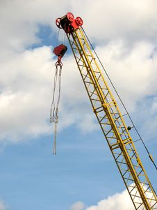 Free Lifting Crane Royalty Free Stock Photography - 3176837