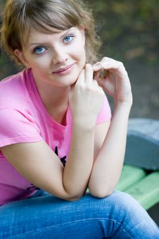 Free Young Woman On Bench Stock Photos - 3178443