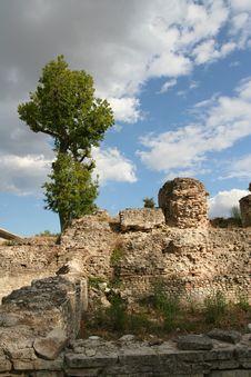 Free Roman Ruins Royalty Free Stock Photography - 3179947
