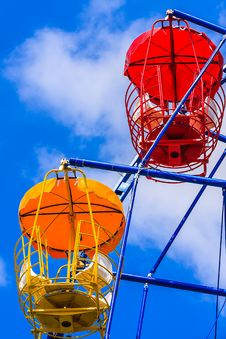 Free Colorful Ferris Wheel Royalty Free Stock Photos - 31704798
