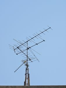 Free Antenna In Day Royalty Free Stock Photos - 31706648