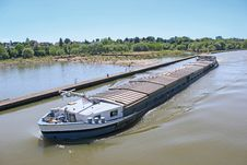 Free Inland Water Transportation Stock Photo - 31723620