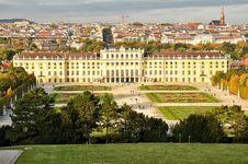 Free Schoennbrunn Palace Stock Image - 31730621