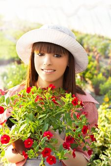 Free Young Woman Gardening Stock Images - 31746124
