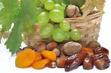 Free Dried Fruits And Grapes Royalty Free Stock Photos - 31750418