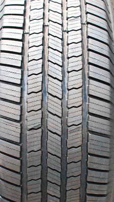 Free Tire Tread Stock Photos - 31751233