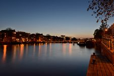 Free Amsterdam &x28;magere Brug&x29; Skinny Bidge At Night Stock Images - 31751924