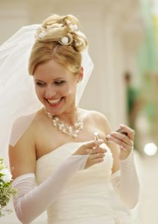 Free Bride Royalty Free Stock Image - 31752116
