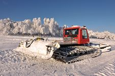 Free Big Snowplow Royalty Free Stock Image - 31777356