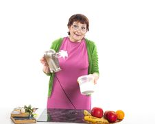 Free Woman Cooking Royalty Free Stock Photos - 31778958