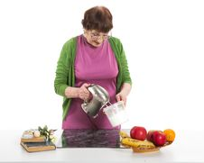 Free Woman Cooking Royalty Free Stock Image - 31779016