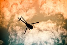 Free Helicopter Flyling In The Air Royalty Free Stock Photography - 31779787