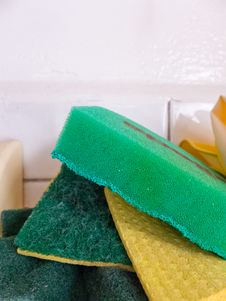 Free Green Kitchen Sponges Stock Photography - 31785772