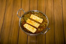 Free Paneer Masala With Peas Royalty Free Stock Photography - 31797317