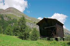 Free Old Swiss Hut In Mountains Royalty Free Stock Photography - 3182377