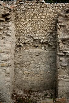 Free Antique Roman Wall Royalty Free Stock Photography - 3185807