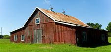 Free Old Red Barn Stock Images - 3187994