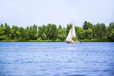 Free Sail Boat On Dniper River Royalty Free Stock Photos - 31804288