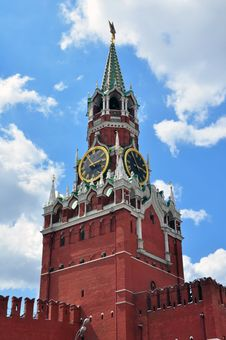 Free Spasskaya Tower On The Red Square Royalty Free Stock Photography - 31804977