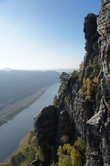 Free The Upper Elbe Valley In Germany Royalty Free Stock Photos - 31807048