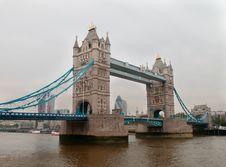 Free Tower Bridge Royalty Free Stock Image - 31808046