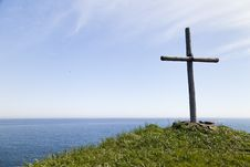 Free Cross On The Rock Stock Photography - 31812072