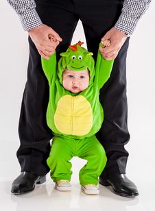 Free The Small Child In A Suit Of A Dragon Royalty Free Stock Photo - 31844515