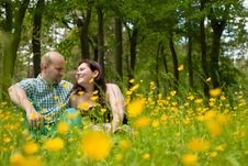 Free Sweet Couple And Buttercups Royalty Free Stock Photo - 31850795