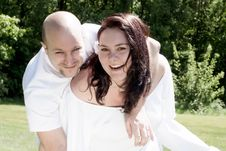 Free Smiling Happy Couple In White Royalty Free Stock Photo - 31850985