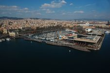 Free Rambla Del Mar, Barcelona Panoramic View Royalty Free Stock Photography - 31851047