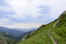 Free Summer Mountain Route Royalty Free Stock Photo - 31851295