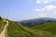 Free Summer Mountain Route Stock Photo - 31851470