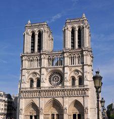 Free Cathedral Notre-Dame De Paris Stock Image - 31854101